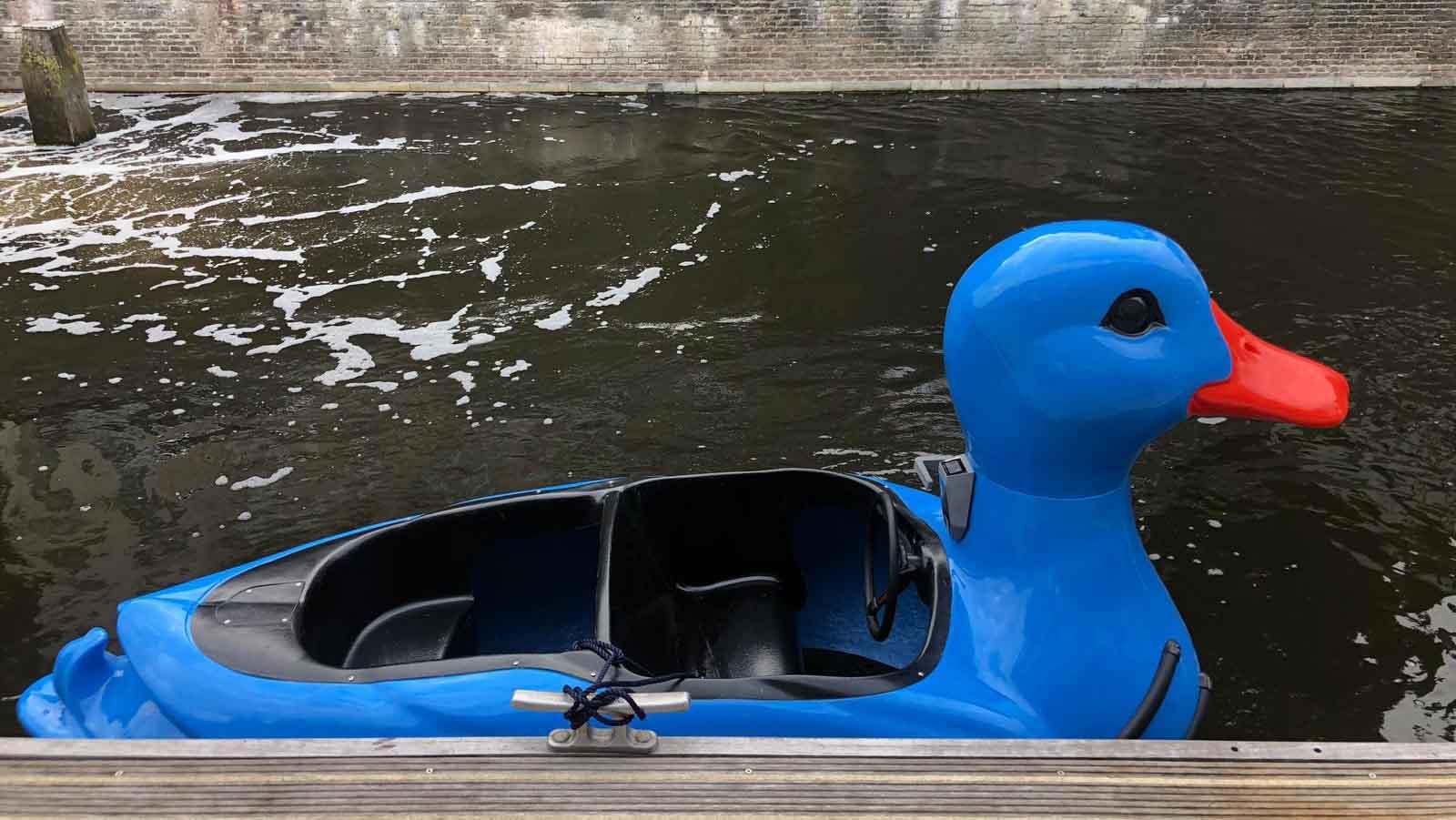 Elektrische eend bootje