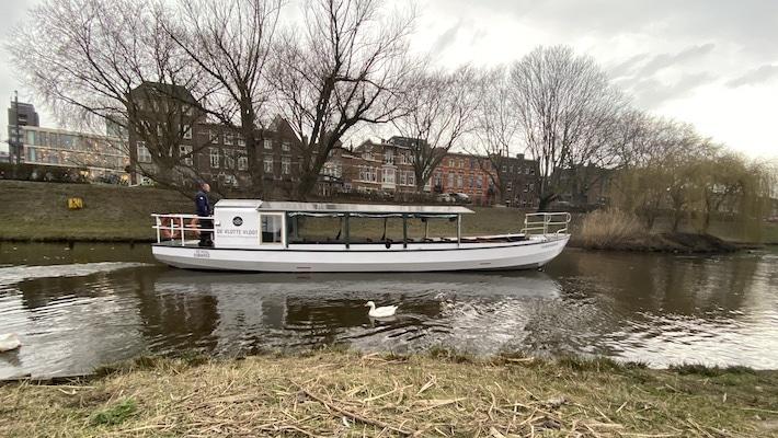 D'n Moerasdraak rondvaartboot Den Bosch
