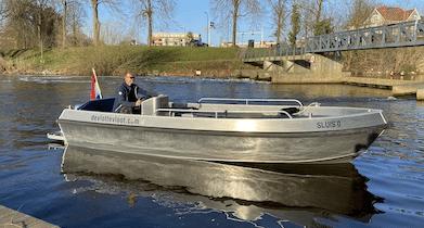 Ruime sloep om zelf te varen in Den Bosch